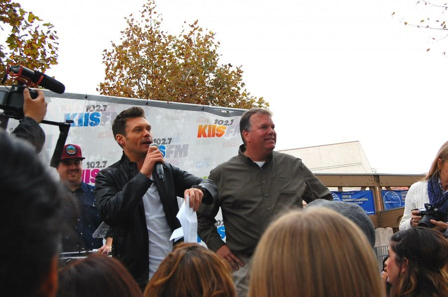 Ryan Seacrest honors Steve Acciani at the event.