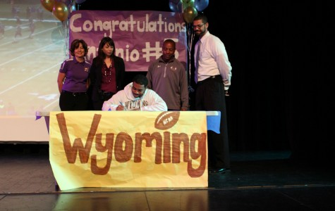 Student Antonio Hull Partakes in National Signing Day