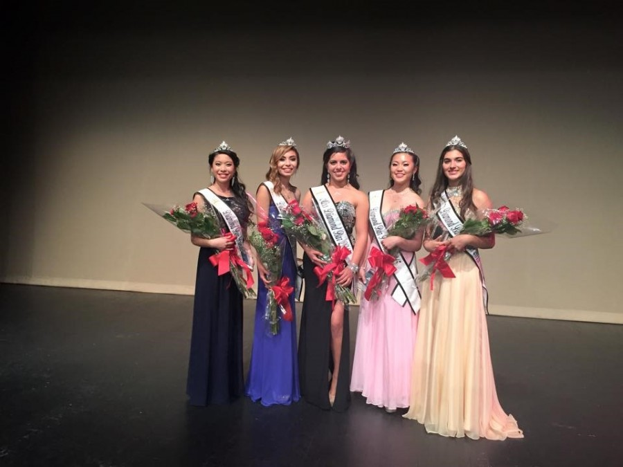 The winner (center), Alexandra Ornelas, poses with the runner ups (from left to right): Megan Quon, Kathy Hermosillo, Rebecca Wang, and Cynthia Preciado.