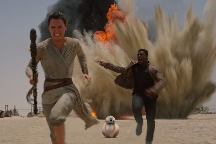 Now+Showing%3A+%22Star+Wars%3A+The+Force+Awakens%22