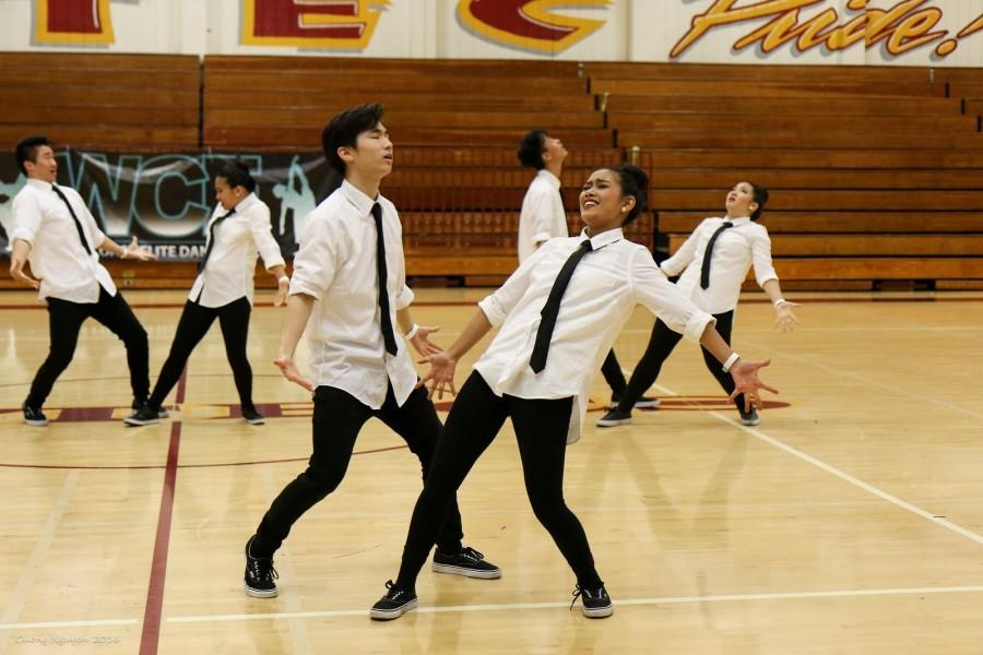 Senior+Justin+Kang+and+junior+Allyson+Cantimbuhan+dance+together+during+their+second+place+Co-Ed+Hip+Hop+performance+on+Feb.+13.%0D%0A