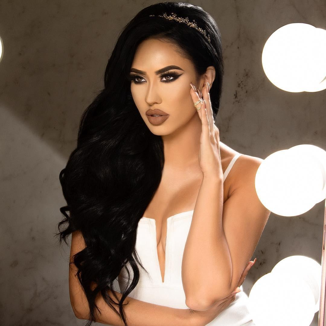DBHS 2011 alumna Brittany Barragan became a professional makeup artist and social media success after taking a year off college to pursue her interests.
