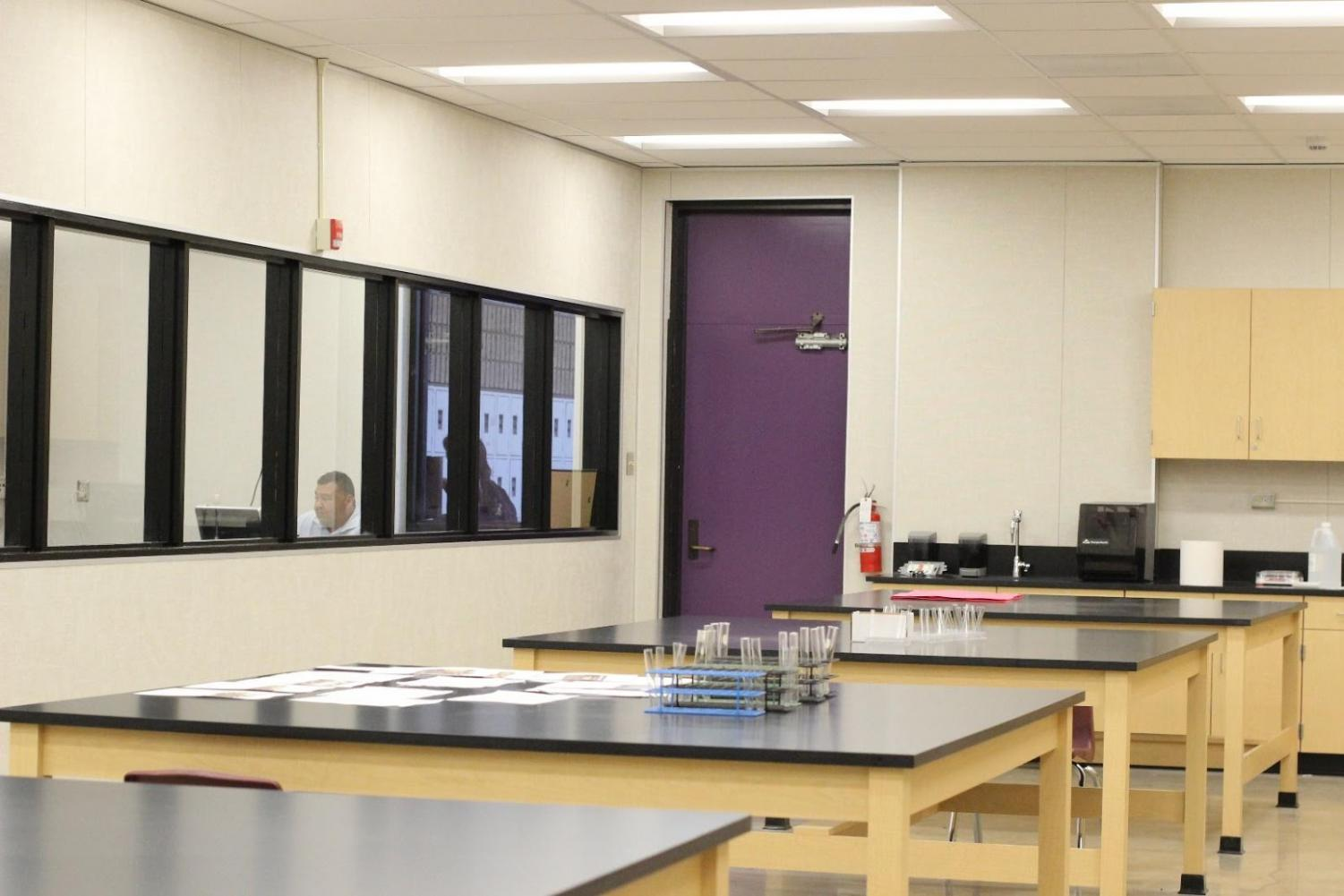 A new lab was opened next to the regular forensics classroom to allow students to carry out mock investigations.