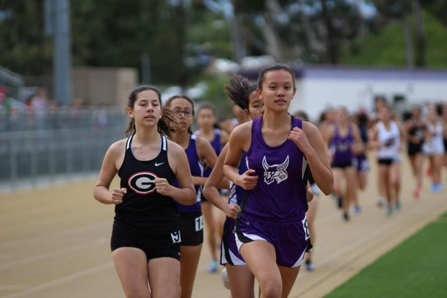 Junior+Allison+Kang+races+ahead+of+the+pack+for+the+girl%E2%80%99s+track+team+during+a+meet+against+the+Glendora+Tartans.
