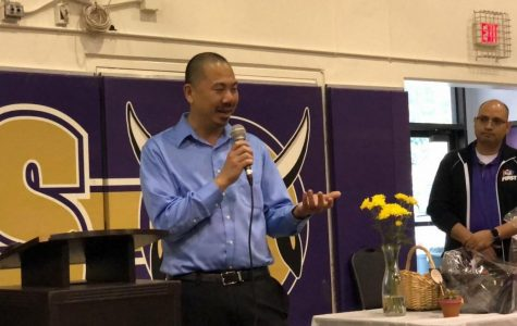 Hwang recognized as Teacher of Year
