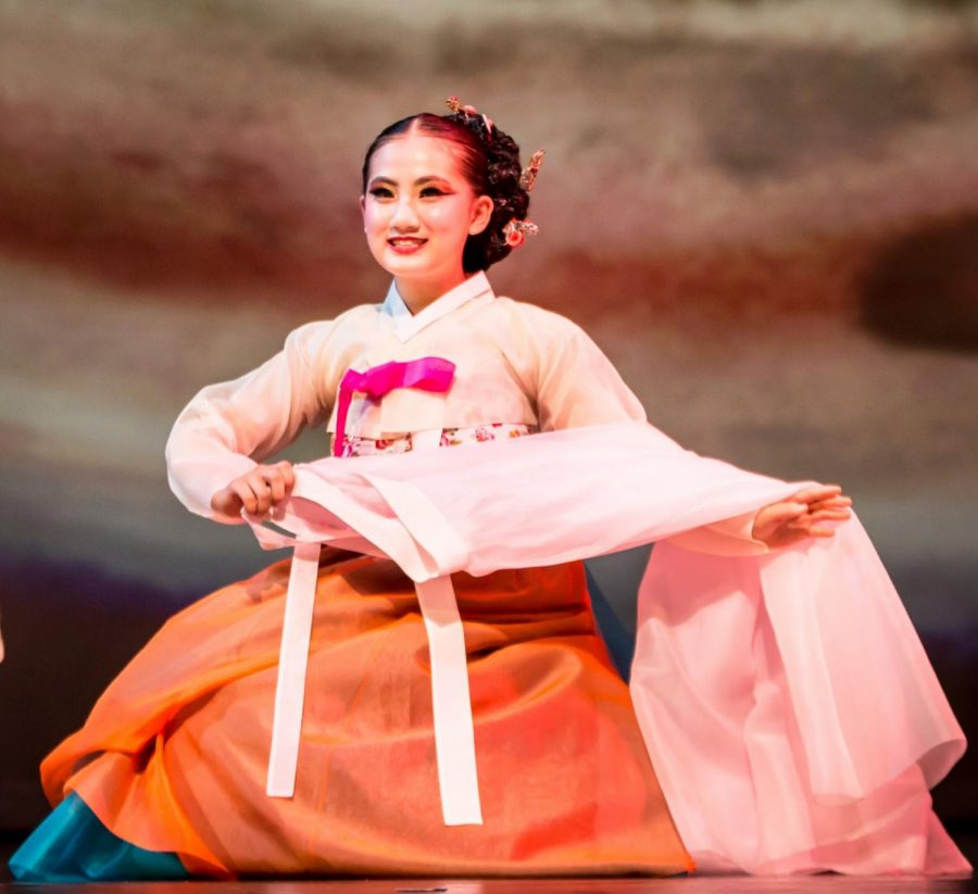 Junior Cassandra Jeon performing a live story dance.