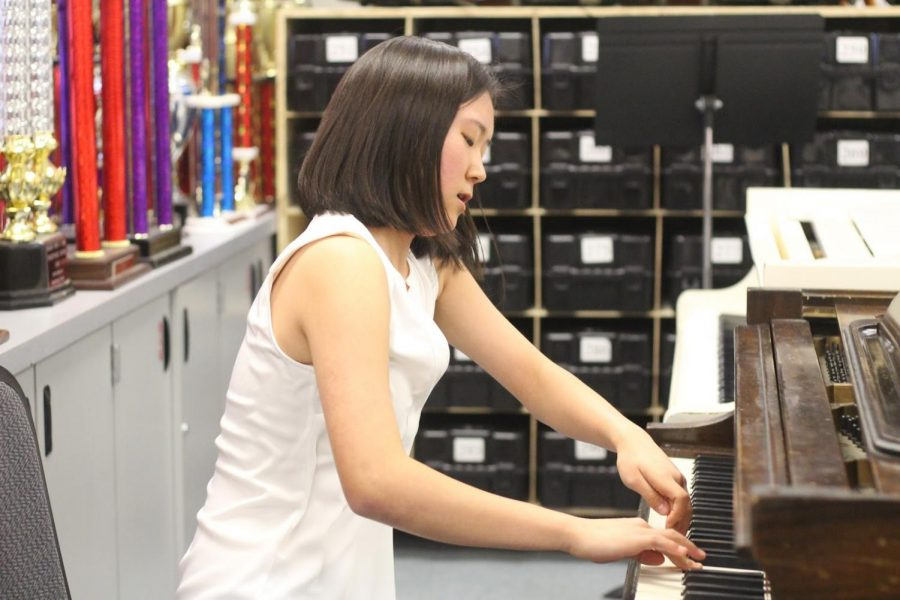 Sophomore Mi-Hyun Suh practices the piano daily for 4 to 5 hours