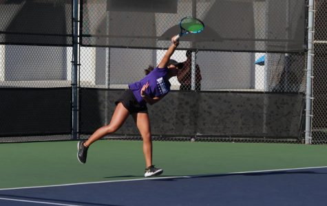 Girls Tennis versus Ayala