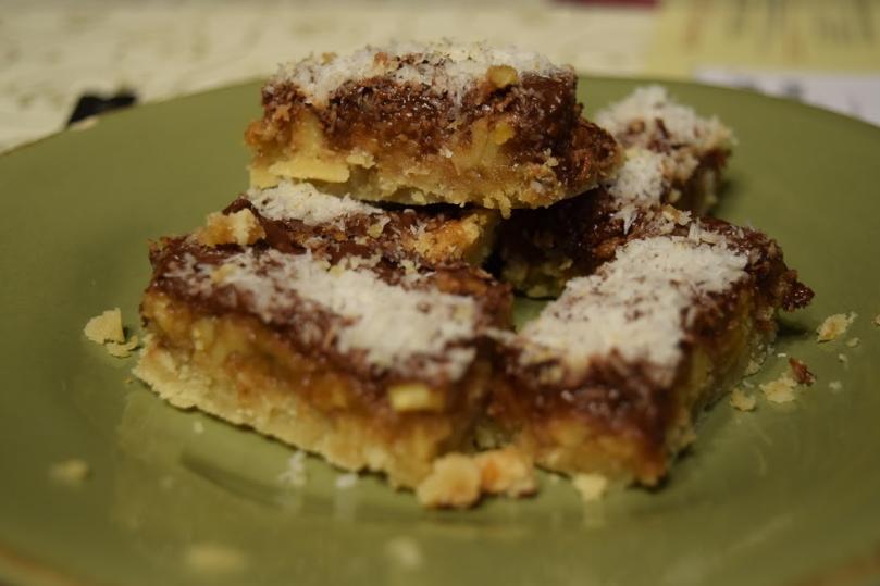 How to bake: Coconut-Nut caramel bars